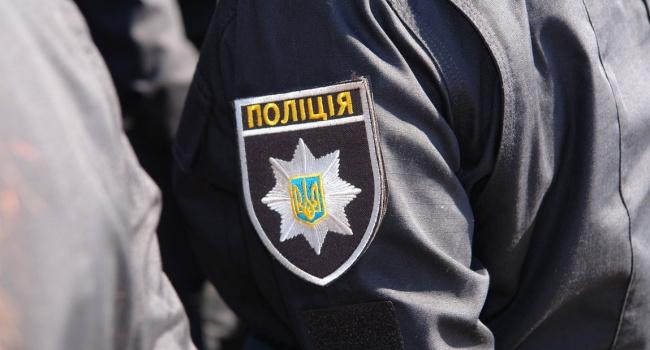 В Запорожье офицер полиции продавал наркотики