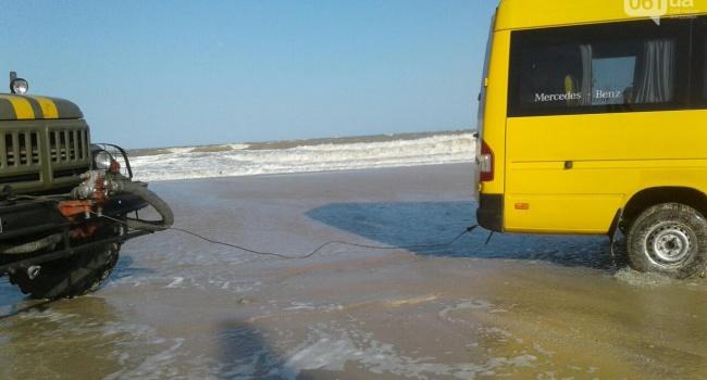 ЧП под Запорожьем: из-за затопления курортов началась массовая эвакуация людей