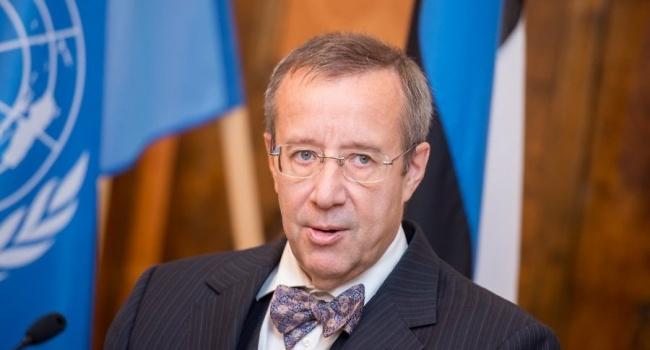 Экс-президент Эстонии: РФ потеряет Санкт-Петербург вслучае атаки