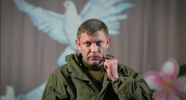 «Уходите прочь, дайте людям жить»: жители Донецка требуют ухода Захара, «Ташкента» и Ко