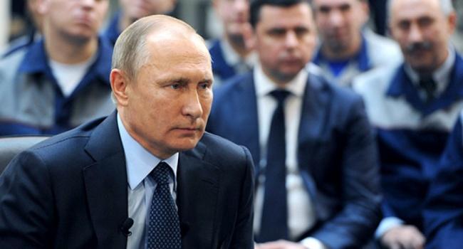 Журналист: у Путина на столе уже лежит сценарий событий в Украине сразу после президентских выборов