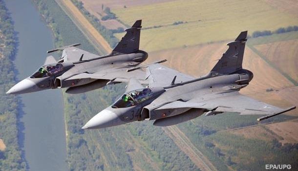 СМИ: Венгрия объявила боевую готовность из-за Украины