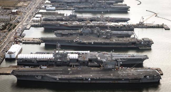 Ударная группа ВМС США вернулась ввосточный район Средиземного моря