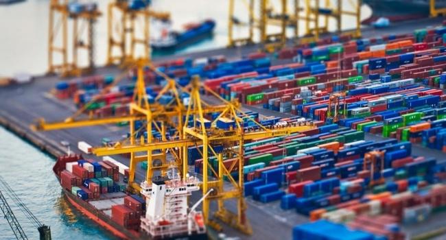 В Украинское государство ввезли товаров на $1,42 млрд больше, чем экспортировали