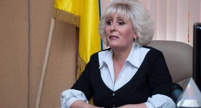 Одиозная Неля Штепа подала в суд на Ирину Геращенко