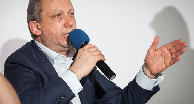 Блогер: псевдопатриотический угар от аннексии Крыма в РФ выветрился