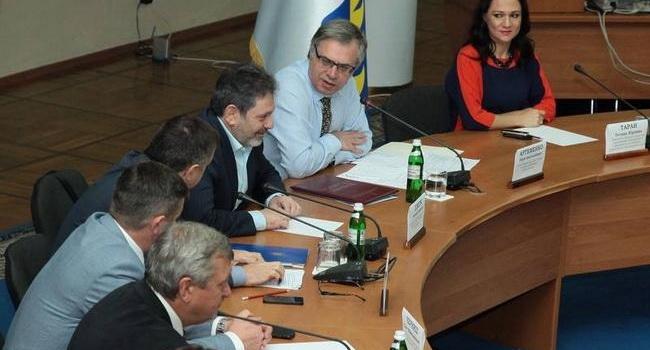 Общественники требуют от депутатов отозвать прогульщиков из Нацсовтеа по вопросам ТБ и радиовещания и заняться наконец-то «Интером»