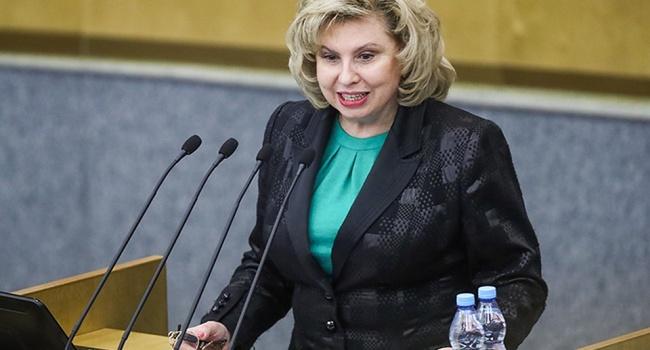 Блогер: К Сенцову пускают жирную свиноматку Москалькову, и она хрюкает полнейший бред о его состоянии