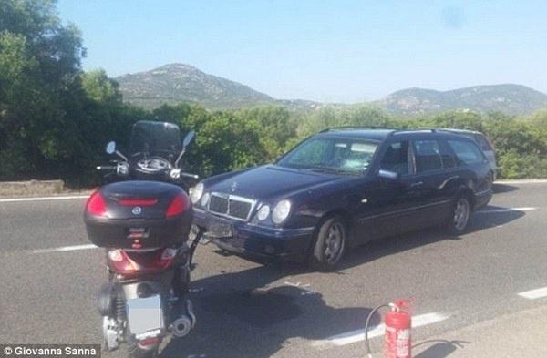 Джорджа Клуни сбыла машина: актера увезли на скорой помощи