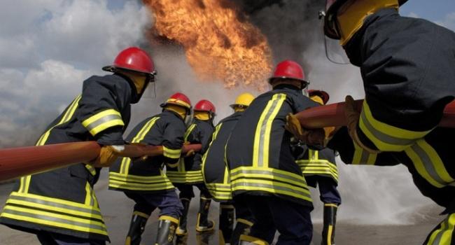 В Ужгороде горит больница: жуткие кадры