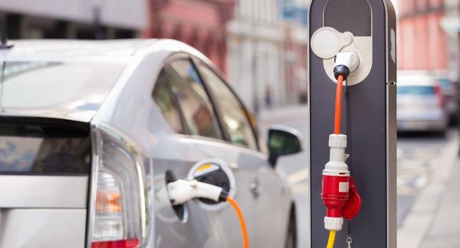 На рынке Украины резко вырос спрос на электрокары