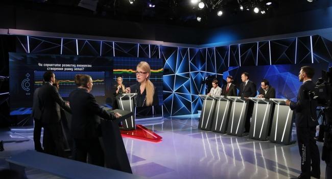 Тимошенко полчаса рассказывала, что «кто-то» уничтожил армию, а, оказалось, что этот «кто-то» имеет ту же подпись, что и Юлия Владимировна