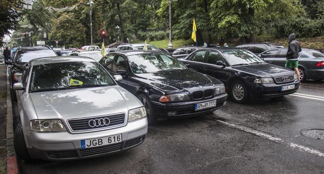Блогер об акции евробляхеров: не нужно сдерживать себя – предлагаю требовать сеть бесплатных автомоек, автозаправок и СТО
