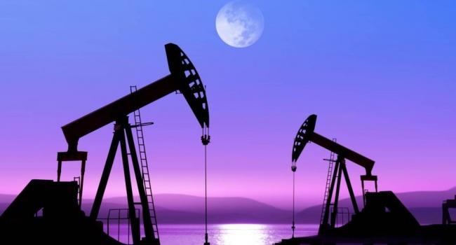 На мировом рынке нефти произошло рекордное падение цен