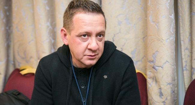 Муждабаев: вот вам вариант – превращение Украины в РФ-2, тогда и аннексии никакой не надо