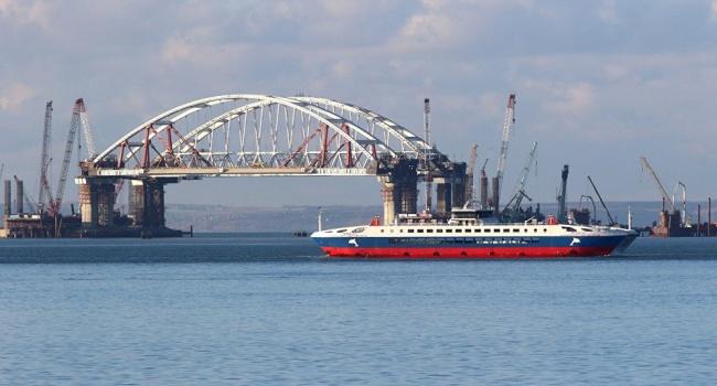Незаконное строительство Крымского моста: Евросоюз одобрил санкции