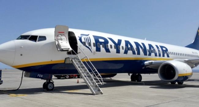 Ryanair отменяет рейсы из-за масштабных забастовок