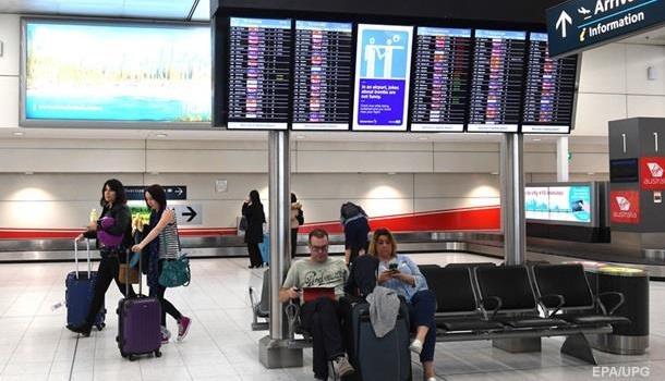 ИзБарселоны немогут вылететь украинские туристы