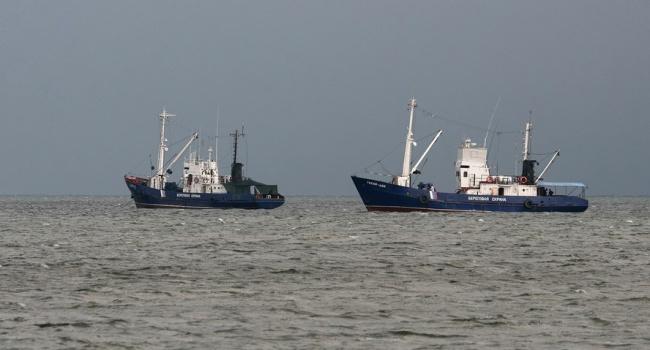 Киев готовит ответ Москве на перехват судов в Азовском море: появились подробности