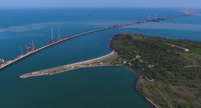 Украина обвинила Российскую Федерацию вблокаде собственных портов— препятствует Крымский мост