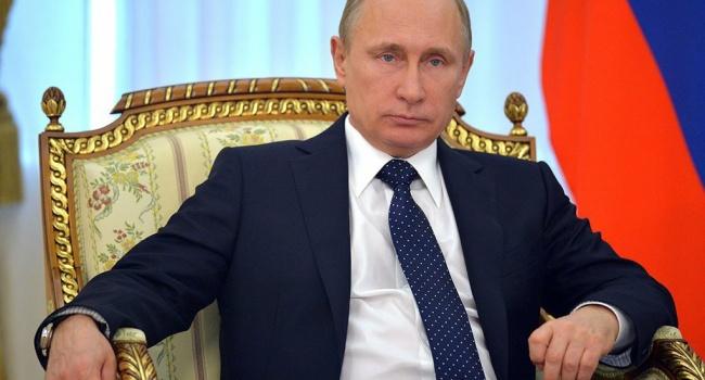 Путин резко осудил новые санкции противРФ