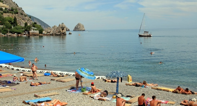 Постпред Порошенко в Крыму количество отдыхающих украинцев на полуострове сократилось в 10 раз