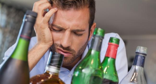 Ученые: Сочетание энергетиков иалкоголя смертельно опасно