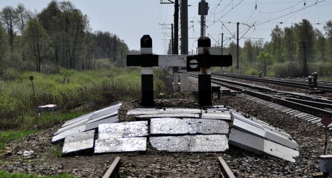 Портников: не нужно перекручивать факты, инициатива прекратить ж/д сообщение идет от России, а не Украины