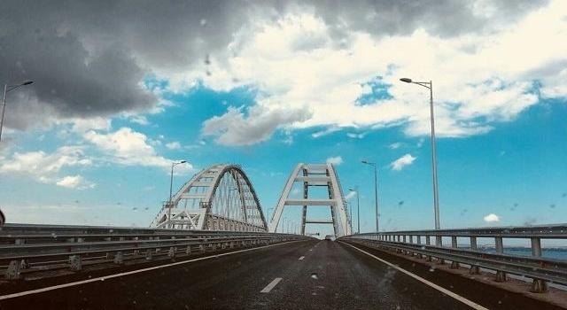 В День независимости Украины силовики перекроют Крымский мост: что ожидать от Кремля