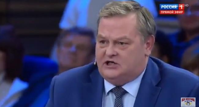 На русском телеканале посоветовали сбросить на Украинское государство «бомбочку»