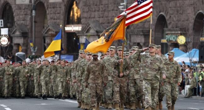 «У нас под боком свой Израиль с НАТО»: россиянина впечатлил парад в Киеве