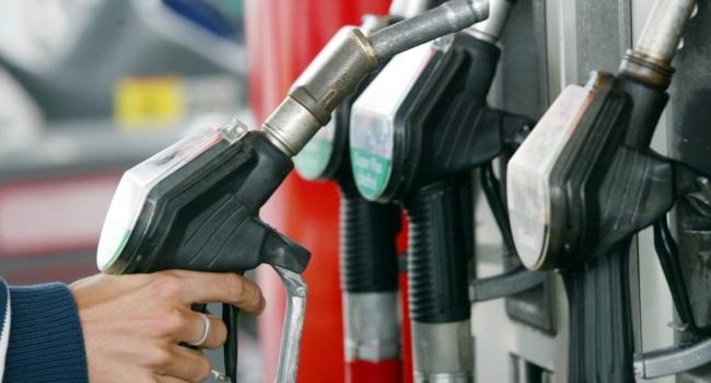 ВУкраинском государстве подорожал бензин— Еще плюс гривна