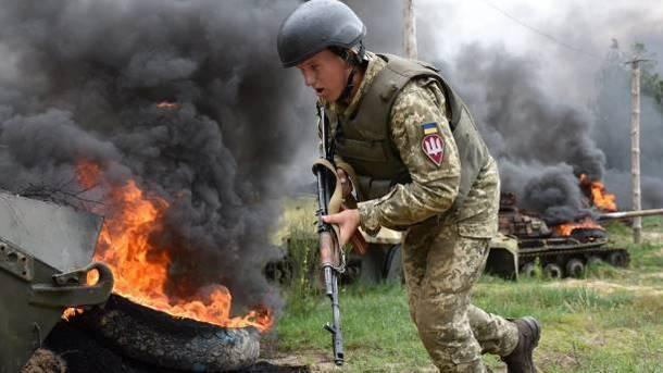 «Хотели прорвать фронт на Донбассе»: Порошенко рассказал, как ВСУ помешали реализации планов Путина