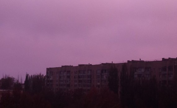 ЧП в Крыму: «небо над Армянском приобрело все цвета таблицы Менделеева», - кадры