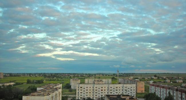 Последствия химатаки в Крыму: небо окрасилось в жуткие цвета