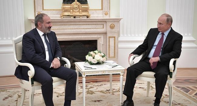 Пашинян потребовал от Путина не вмешиваться в дела Армении