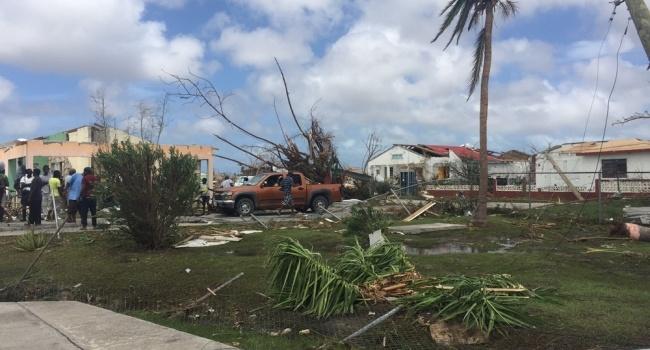 Корреспондент: новый ураган США - это большая редкость и большая опасность