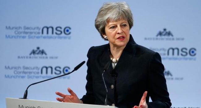 Эксперт: несмотря на Брекзит выходит Британии из ЕС откладывается на неопредельный срок