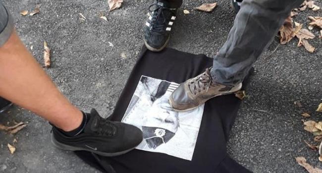 «Грандиозный скандал»: в магазине в Виннице продавались футболки с портретом Путина, - реакция соцсети