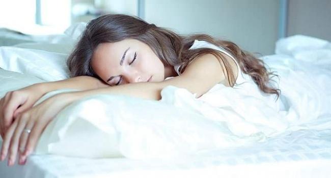 Изысканная кровать для спальни – на что обратить внимание при выборе