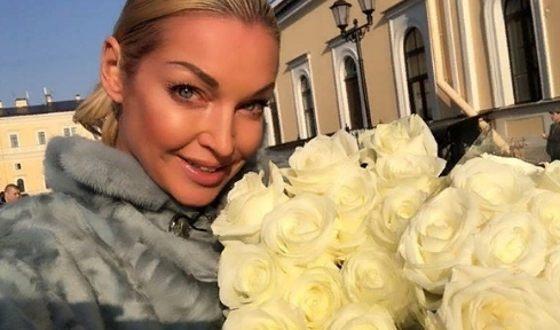 Анастасия Волочкова растрогала сеть видео с отцом, который десять лет не разговаривает