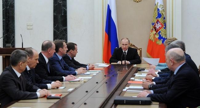 Путин выдал своих: во время заседания Совбеза РФ Путин дал понять, что нет никакой УПЦ МП в Украине, а есть исключительно РПЦ