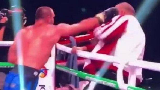 Киевский боксер после поражения нанес удар своему тренеру
