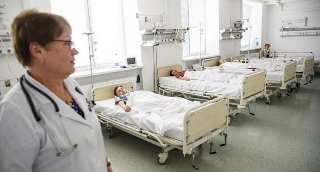 Массовое отравление детей в Хмельницкой области: в больнице оказались десятки подростков