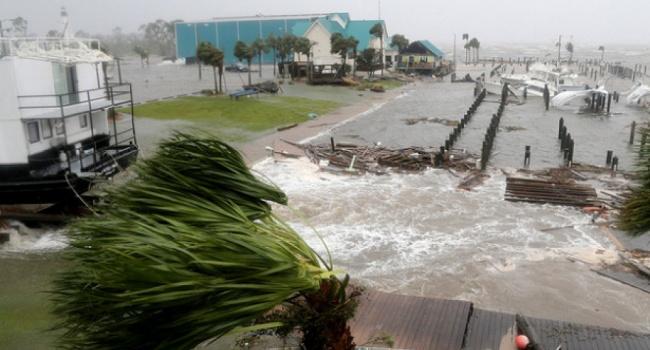 Число жертв урагана «Майкл» в США продолжает расти