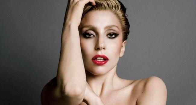 Леди Гага обручилась сосвоим 49-летним бойфрендом: непредвиденные детали