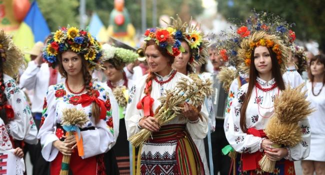 Госстат снова опубликовал шокирующие данные о численности населения Украины