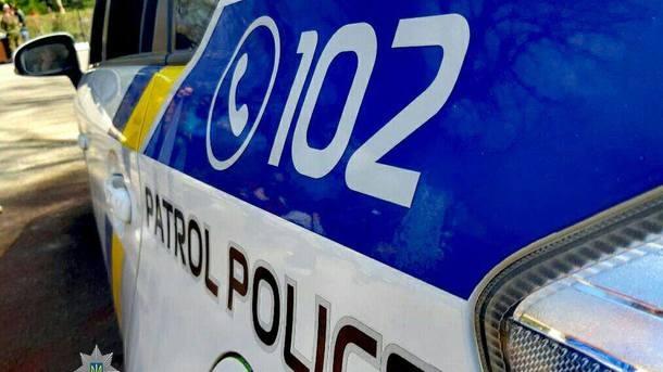 В Запорожье злоумышленник представился подростку полицейским и украл у него телефон