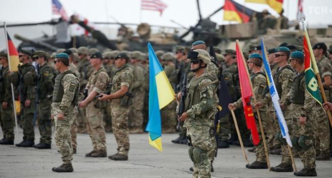 Огрызко: Украина имеет 100% гарантий стать членом НАТО, даже имея военный конфликт с Россией