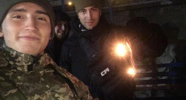 ВКиеве увидели граждан России сгеоргиевскими лентами: что сними случилось